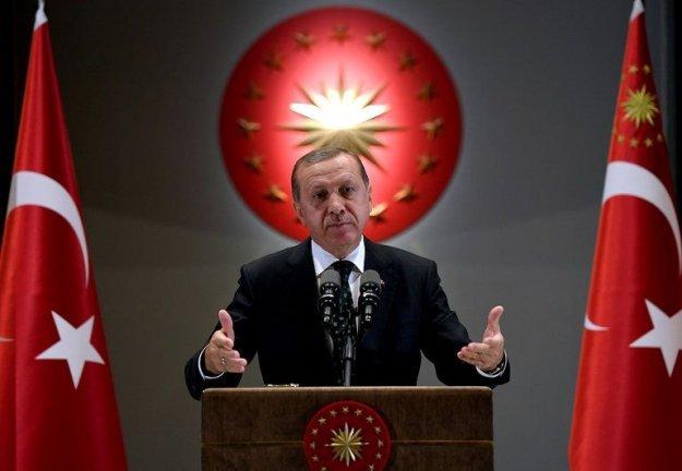 Ερντογάν σε Τραμπ: Δεν ζητώ άδεια για να πολεμήσω την τρομοκρατία