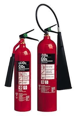 Alat Pemadam Api (APAR) Karbon Dioksida - pustakapengetahuan.com