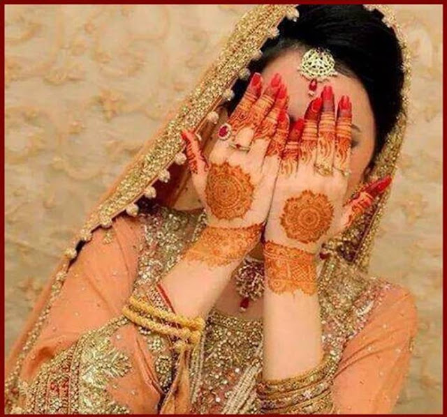 Simple Mehndi Designs/ Living Hours