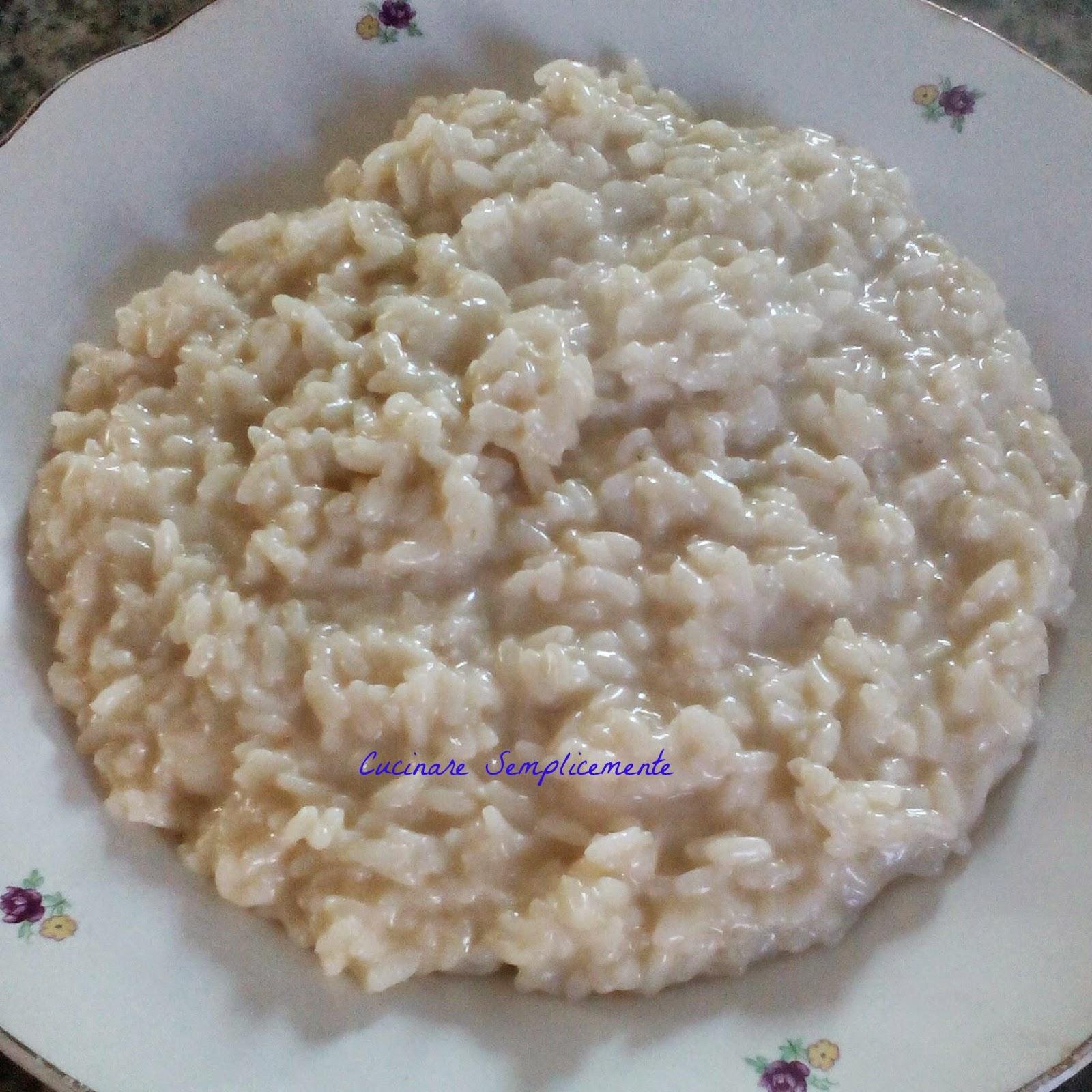Cucinare semplicemente risotto allo spumante e provola for Cucinare risotto