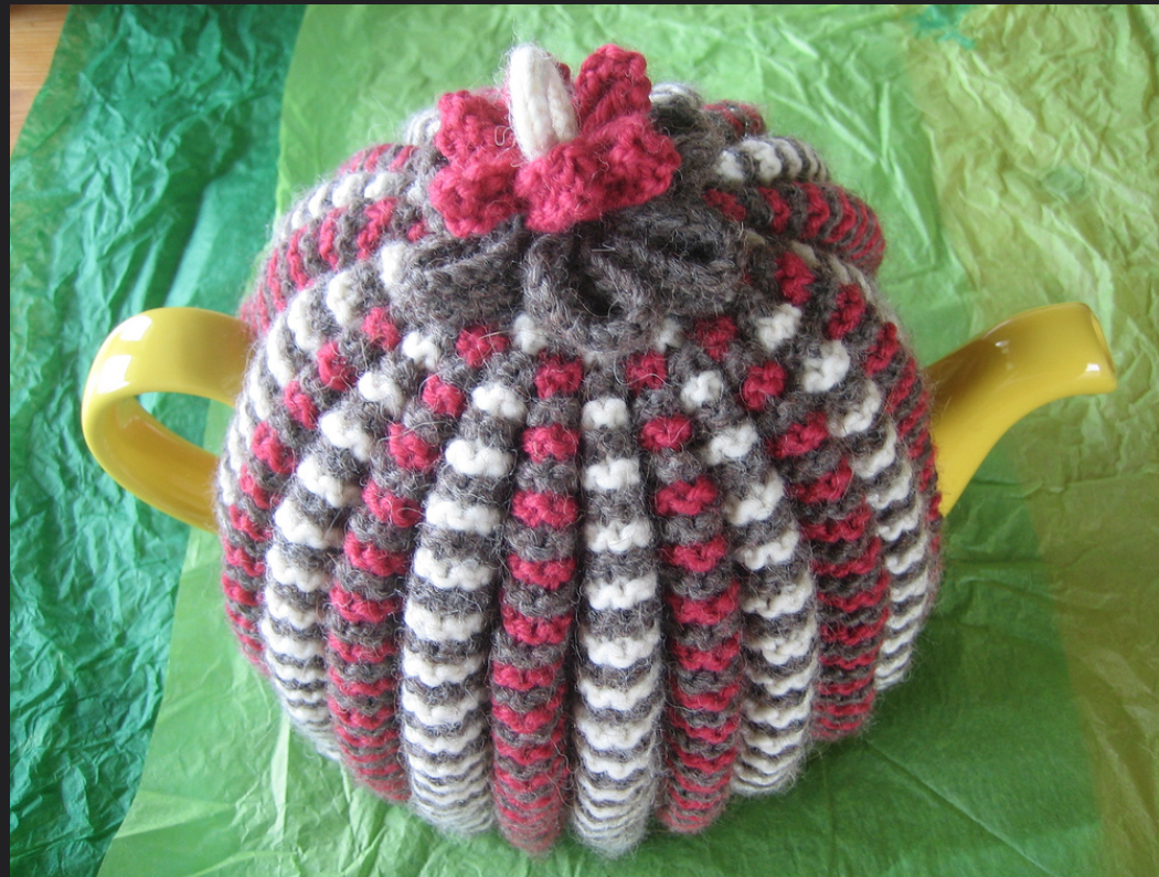 Made it! : Keep the pot hot: free knitting patterns for tea cosies