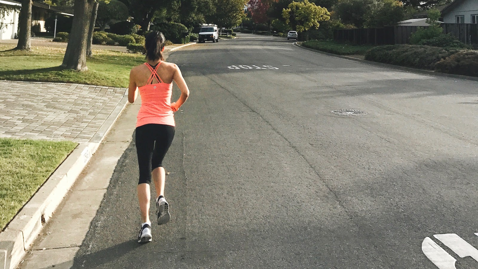 Jen on a run. Read on to find out how she keeps her acne-prone skin clear after an intense sweat sesh.