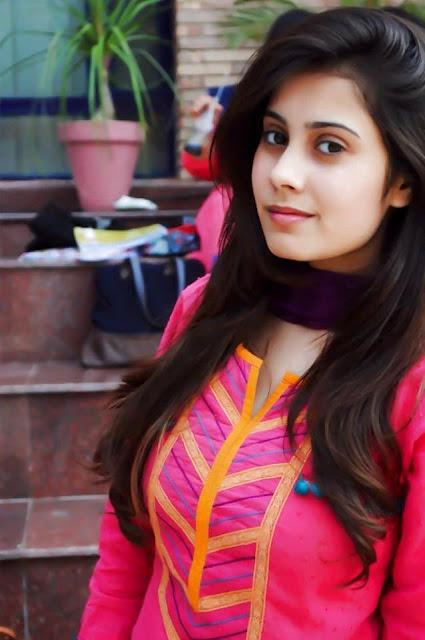 Pakistani Girls 🇵🇰 - WhatsApp Group Join Invite Link