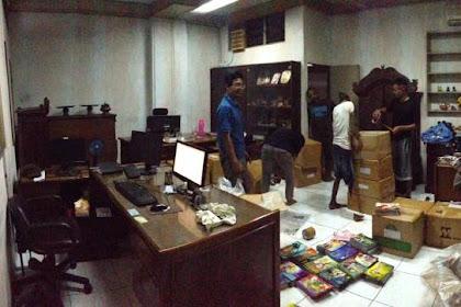 222 Judul Telah Kami Distribusikan Untuk 30 Perpustakaan Sekolah di Papua Barat