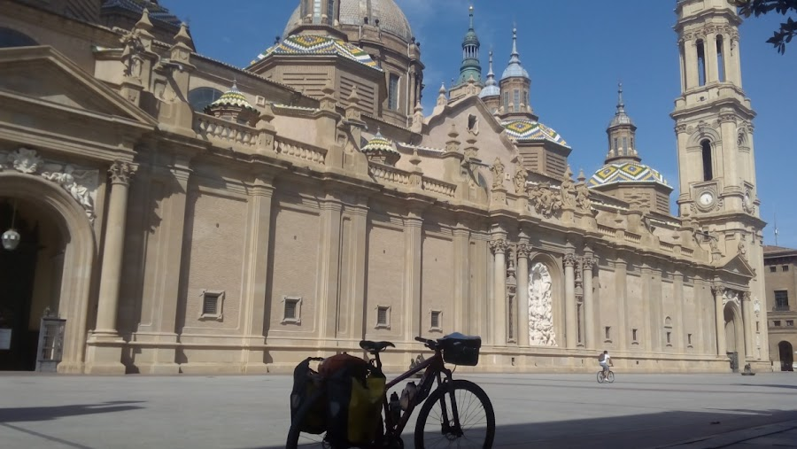 gr-99-sendero-del-ebro-basilica-del-pilar-zaragoza-enlacima