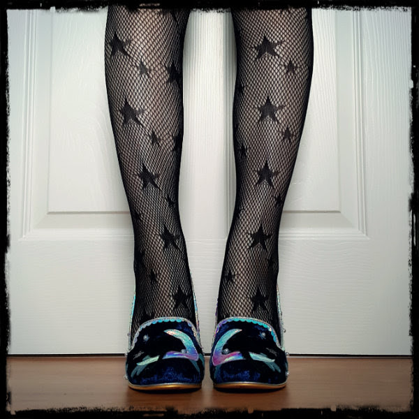 wearing primark fishnet star tights and irregular choice shoes