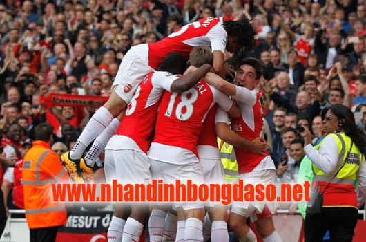 Arsenal vs Stoke City www.nhandinhbongdaso.net