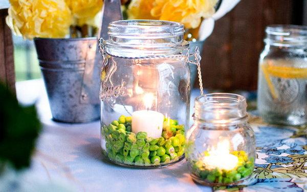 Tables en f te des id es r cup pour votre centre de table - Vase en plastique pour centre de table ...