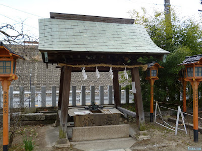 鼻川神社手水舎