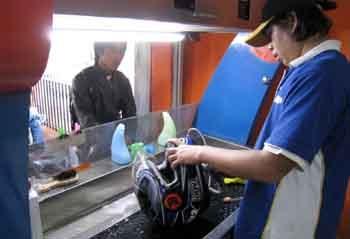 peluang usaha cuci helm