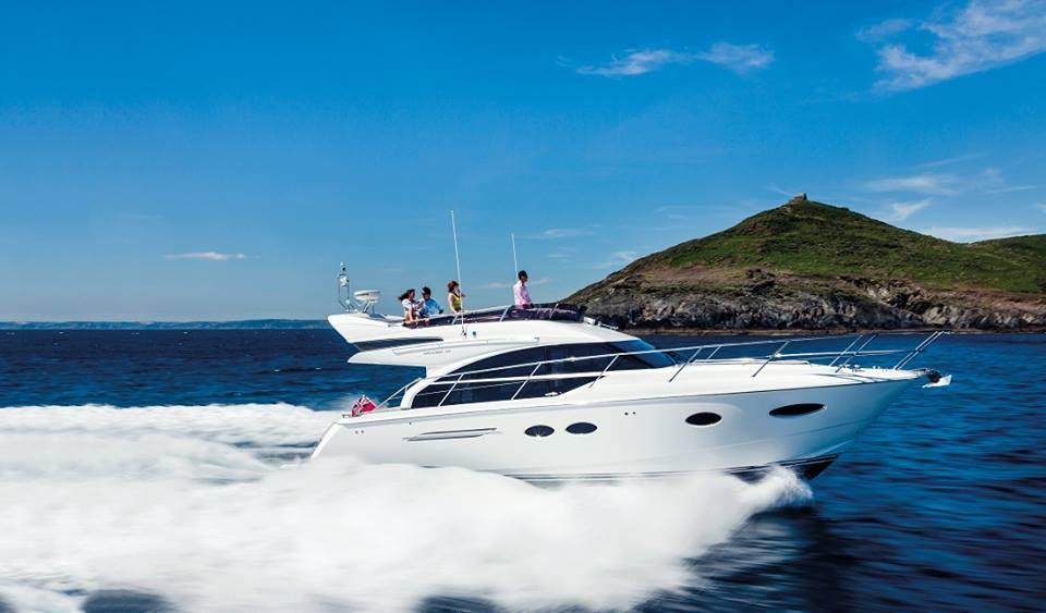 yacht dijual