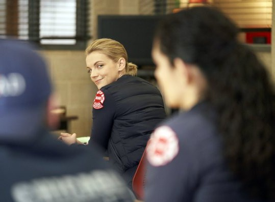 "NUP 186096 0244 595 Spoiler%2BTV%2BTransparent - Chicago Fire (S07E17) ""Move A Wall"" Episode Preview"