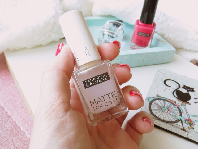 saveonbeautyblog_gabriella_salvete_matte_topcoat_recenzia