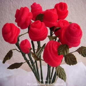 http://cardsandschoolprojects.blogspot.in/2011/04/how-to-make-sponge-rose-bud-flowers.html