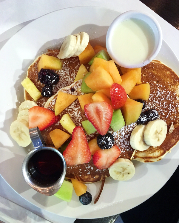 Pancakes Pagé - Eggspectations Toronto - Tori's Pretty Things Blog