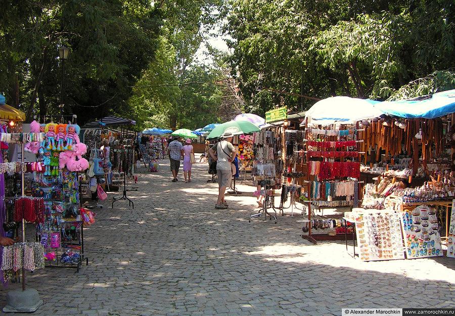 Рынок сувениров в Созополе   Souvenir Market in Sozopol