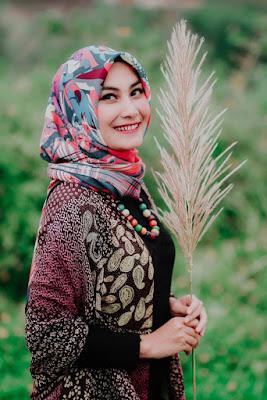 Foto Cewek Model  hijab zoya terbaru Foto Cewek Model  hijab zaskia sungkar 2018