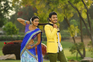 Ram Karthik Bhanu Sri starring Iddari Madhya 18 Movie Stills  0005.jpg