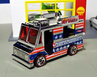 Hot Wheels 40th Anniversary Super Chromes Set - Ice Cream Truck