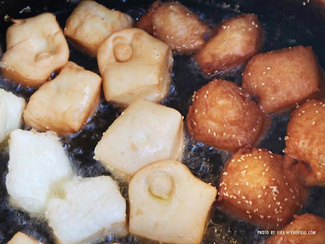 IMG 3548 - 台中南屯│馬祖蔥油餅。銅板散步美食推薦。還有雙胞胎、芝麻球和甜甜圈等古早味點心唷