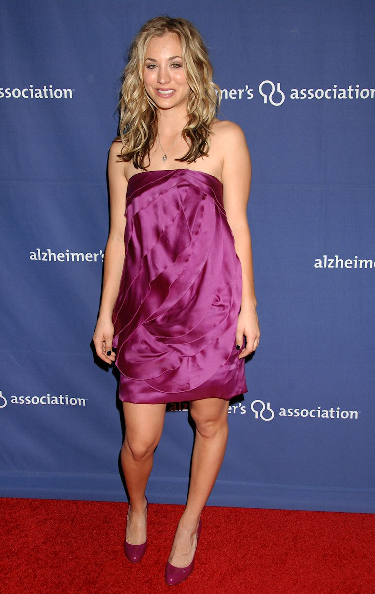 Hotness From The Big Bang Theory Kaley Cuoco Dazzling In A