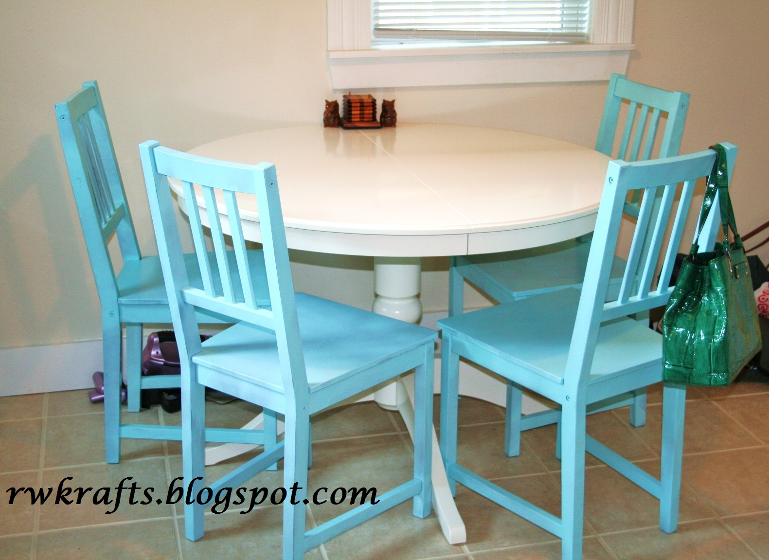 Green Kitchen Chairs Oval Tables Rwkrafts Adding A Splash Of Color To The