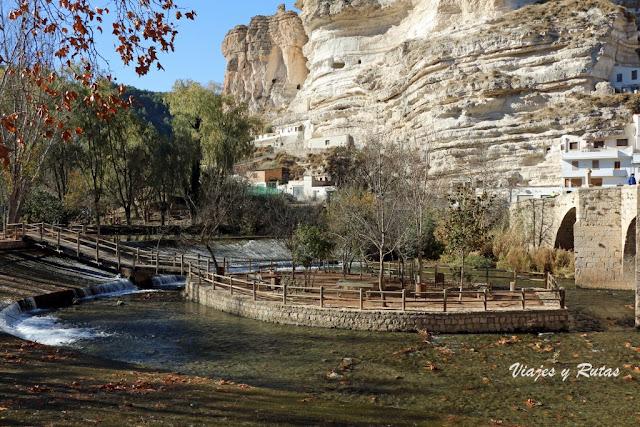 la isleta del río Júcar en Alcalá del Júcar