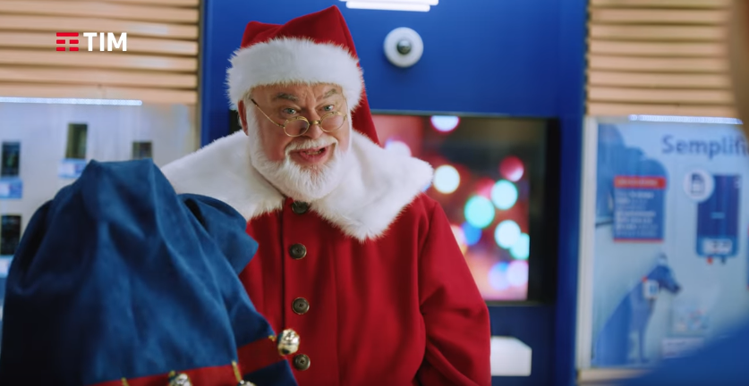 Canzone TIM pubblicità con Babbo Natale - Musica spot Dicembre 2016