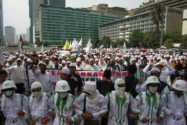 Beralasan Ganggu Keamanan, Kapolrestabes Bubarkan Deklarasi FPI Semarang