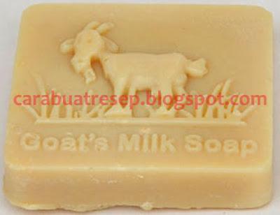 Foto Resep Sabun Susu Kambing Etawa (Goat's Milk Soap) Sederhana Spesial Asli