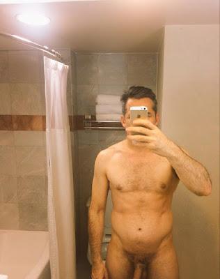 Fotos de El actor Juan Ríos Cantú Desnudo