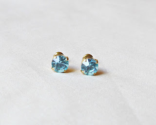 image earrings ear stud studs two cheeky monkeys vintage glass aqua aquamarine blue handmade round circle