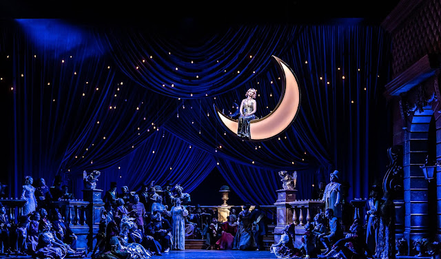 Lehar: The Merry Widow - Sarah Tynan - English National Opera (© Clive Barda)