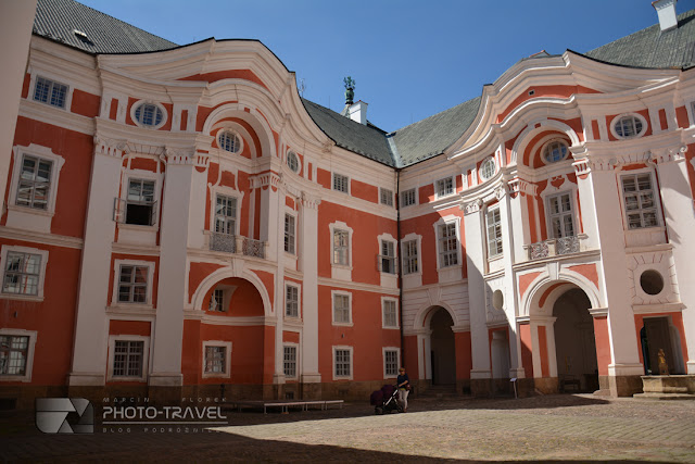Klasztor w Broumovie. Dojazd do Broumova z Polski. Informacje praktyczne
