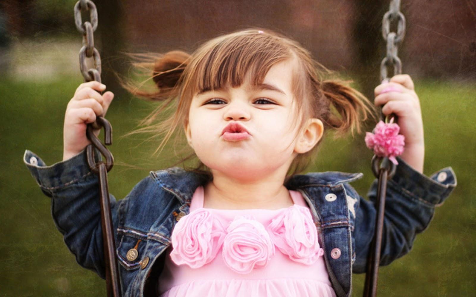 HD Wallpaper Baby Kids Kiss