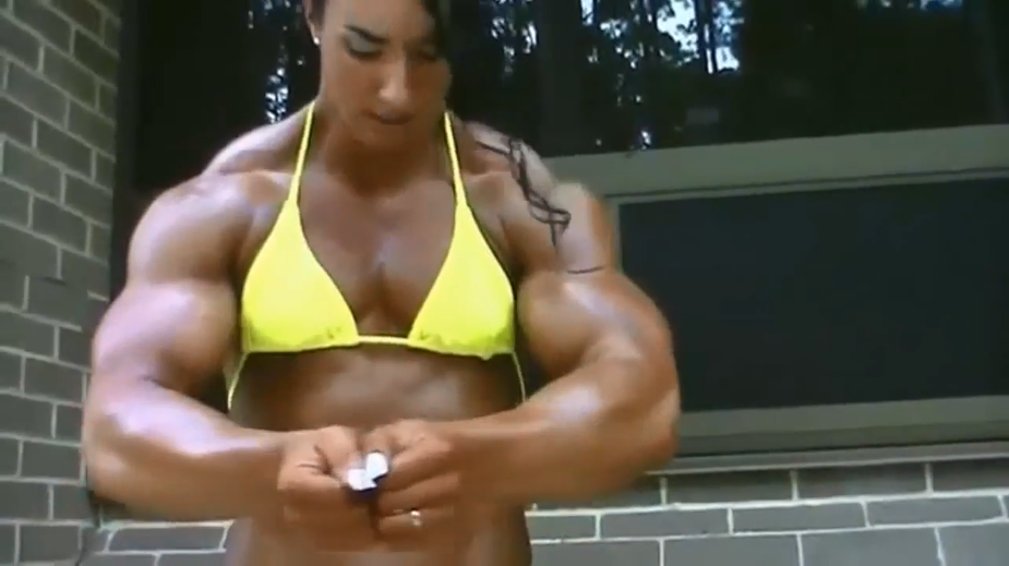 Clip Huge and big female muscle, Amazon women Bodybuilder Arm Training
