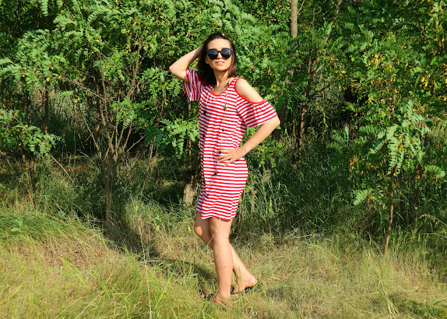 Cold Shoulder Striped T-Shirt Dress Zaful