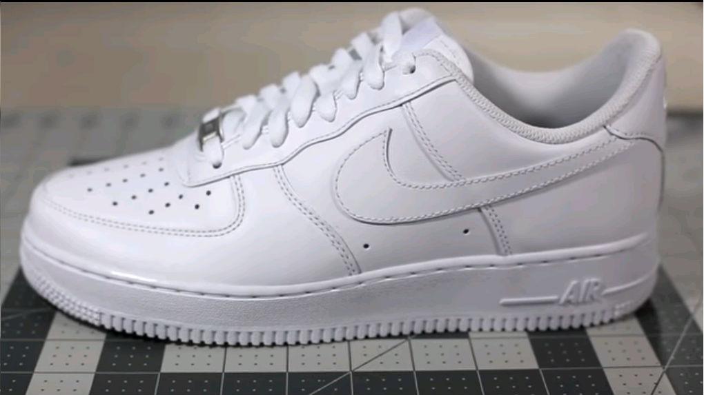 check out e0ccb b1acc White Nike air force 1
