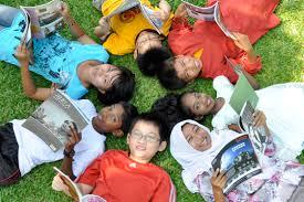 A week in village ; Program Kontrribusi Generasi Untuk Masyarakat Madani