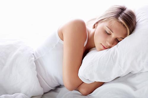 Ngủ đủ giấc 8 tiếng/ ngày thúc đẩy quá trình tăng chiều cao
