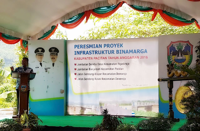 Bupati Resmikan Empat Proyek Insfratuktur Di Kabupaten Pacitan