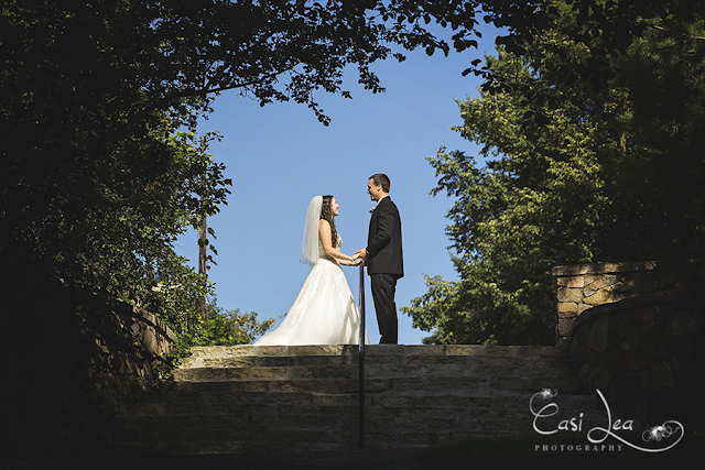 Romantic and classic wedding by Green Bay and Wausau wedding photographer Casi Lark