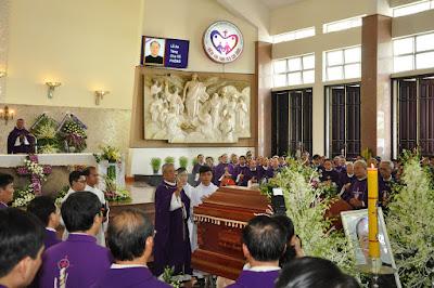 GP Bà Rịa: Thánh lễ an táng Cha Cố Phêrô Nguyễn Văn Giản - Ảnh minh hoạ 33