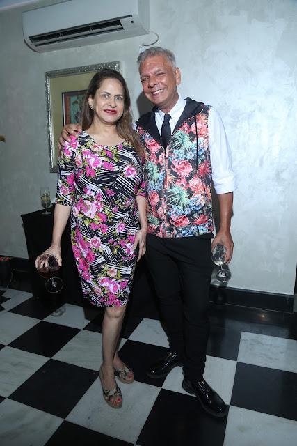 Ramola Bachchan with designer Hemant Sagar