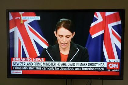 Biadab!  Pelaku Penembakan Masjid di Cristchurch New Zealand Unggah Video Aksinya, 40 Jama'ah Sholat Jum'at Tewas