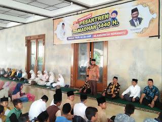 Bupati Indramayu Apresiasi Kepada Siswa Yang Bersungguh-sungguh Menghafal Al-Quran