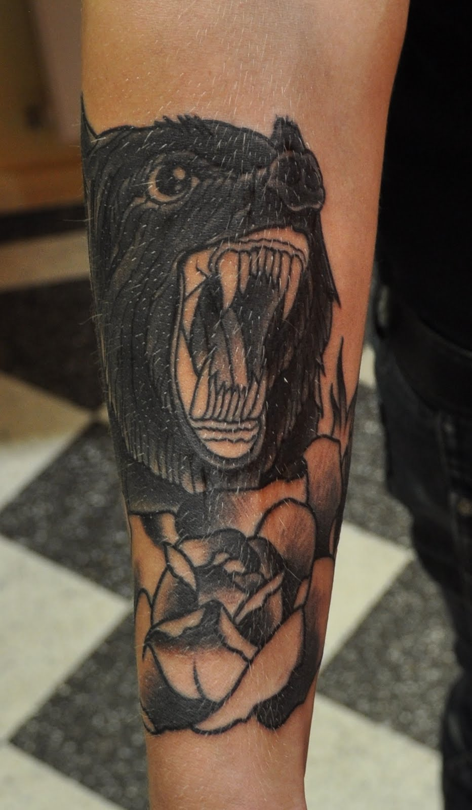 Wild Tattoos: Bear Tattoo Ideas