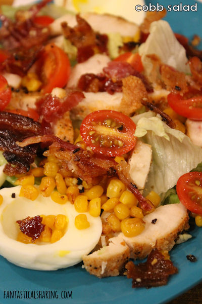 Chrissy's Cobb Salad // This Cobb Salad is the perfect summer salad with the addition of sweet corn! #SundaySupper #recipe #salad #summersalad #dinner #chicken
