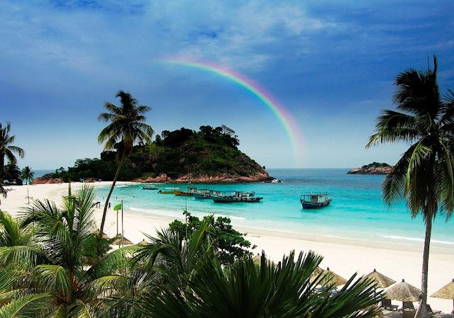 5 Pantai Paling  Indah Yang Cocok Untuk Bulan Madu di Indonesia-Takabonerate, Sulawesi Selatan