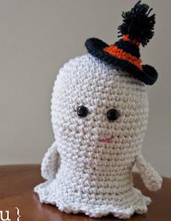 http://blog-amourfou-crochet.blogspot.com.ar/2014/10/preparandose-para-halloween-get-ready.html